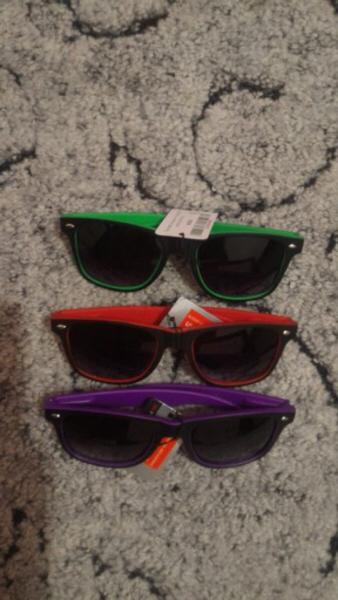 Used Amazing Offer ((( 3))) sunglasses 🕶 100 in Dubai, UAE