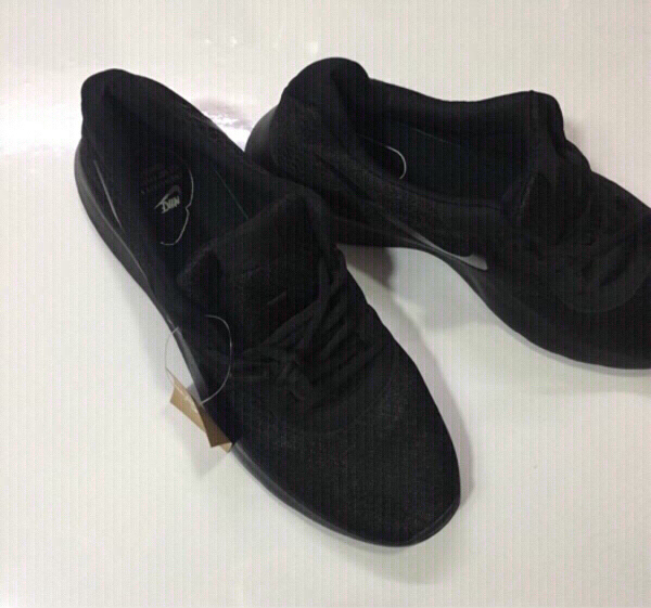 Used Nike sneakers size 41, new in Dubai, UAE