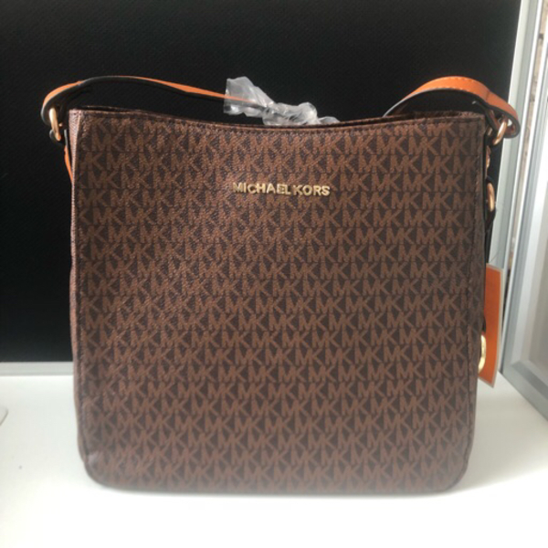 Used Michael Kors Crossbody bag in Dubai, UAE