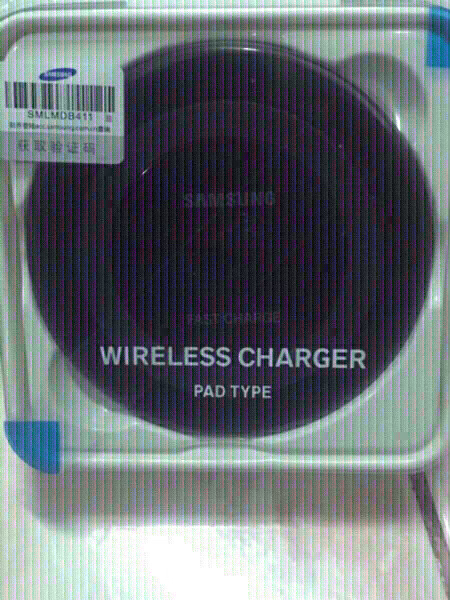 Used ORIGINAL SAMSUNG WIRELESS CHARGING PAD in Dubai, UAE