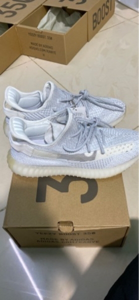 Used Yeezy 350 boost v2 static reflective[44] in Dubai, UAE