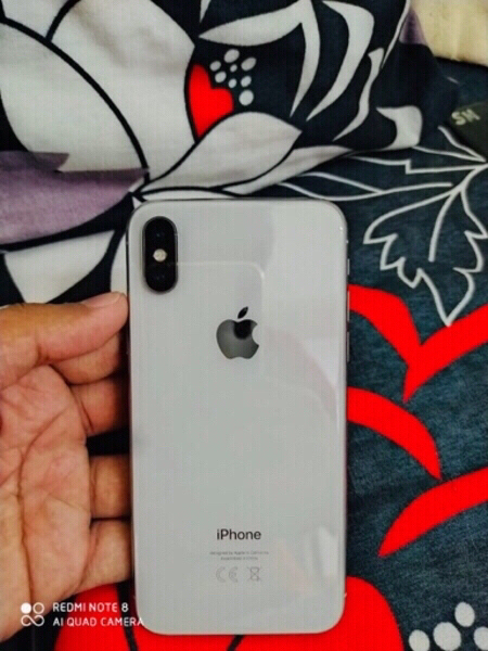 Used IPHONE X Clean condition with AirPods in Dubai, UAE