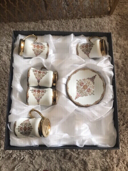 Used 10 PIECES OF TEA CUPS AND SAUCERS...NEW in Dubai, UAE