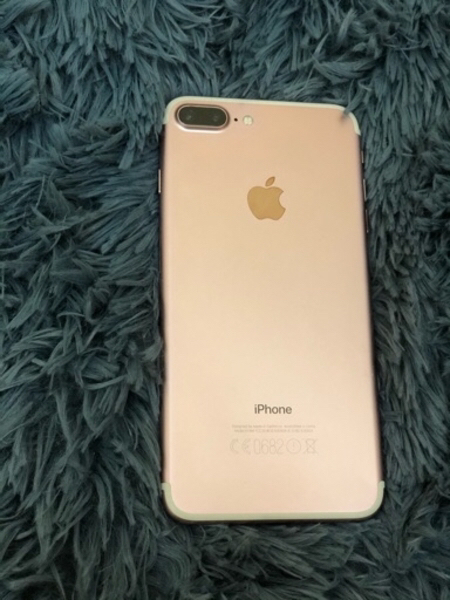 Used IPhone 7 Plus 128 GB Rose Gold in Dubai, UAE