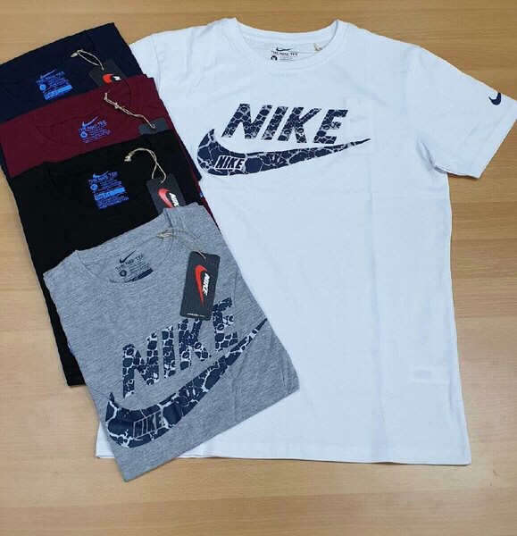 Used Nike new design  T-shirt 5 pieces PROMO in Dubai, UAE