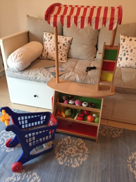 Used Wooden shop, accessories and trolley in Dubai, UAE