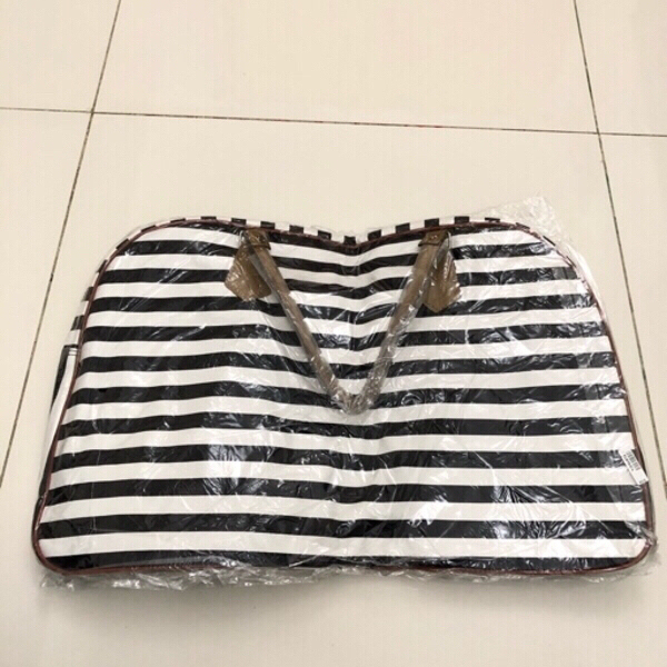 Used Elegant Travel Bag in Dubai, UAE