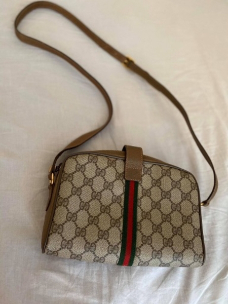 Used AUTHENTIC gucci sling bag in Dubai, UAE