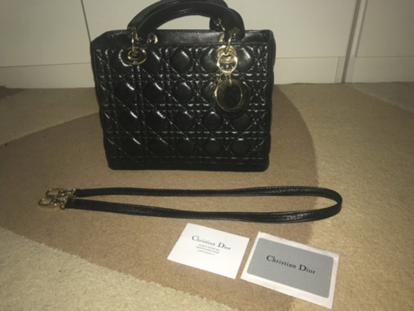 Used Dior bag medium size in Dubai, UAE