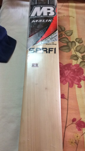 Used Cricket bat for sale in Dubai, UAE
