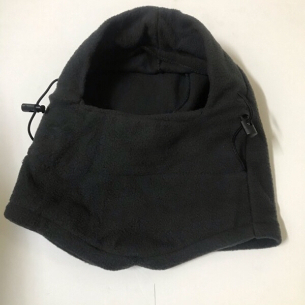 Used Protective mask/Gray color-wool in Dubai, UAE