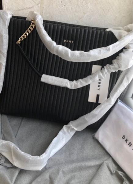 Used Original DKNY tote bag never used in Dubai, UAE