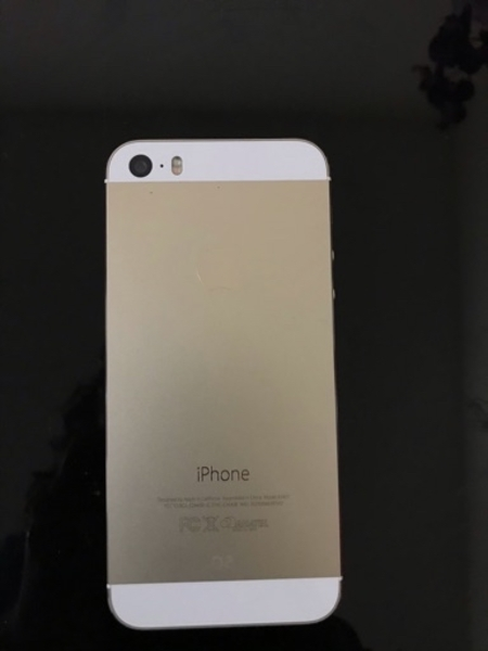 Used IPHONE 5S GOLD WITH FACETIME in Dubai, UAE