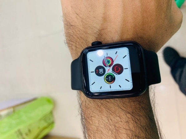 Used T5 smart watch with HRS and calling in Dubai, UAE