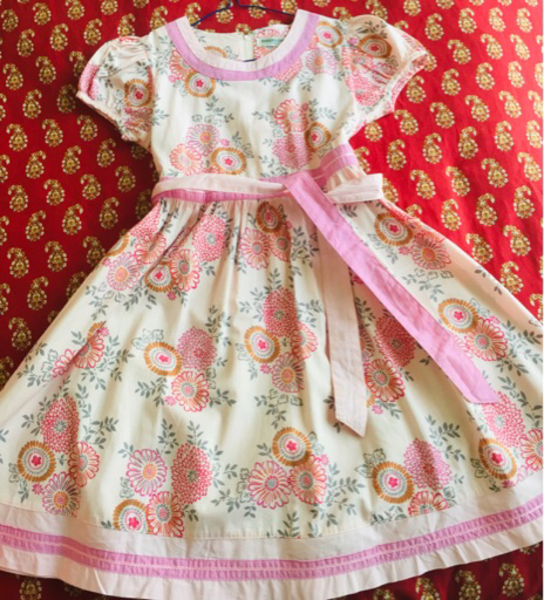 Used All 04 Dresses girl 8-10 years old 80aed in Dubai, UAE