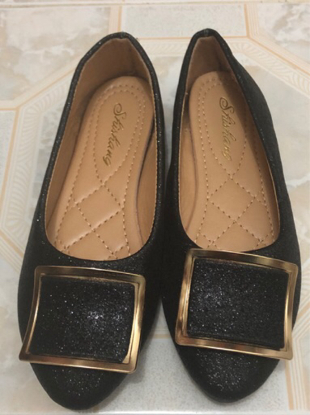 Used glittery black pumps with gold accent in Dubai, UAE