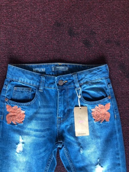 Used Mango jeans for a girl 9-10 years old  in Dubai, UAE