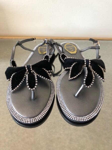 Used Crystal sandals 38eur in Dubai, UAE