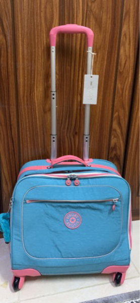 Used Kipling Turquoise and Pink Bag in Dubai, UAE