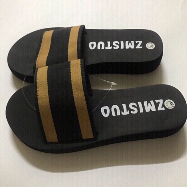 Used Women's slippers size 38 in Dubai, UAE