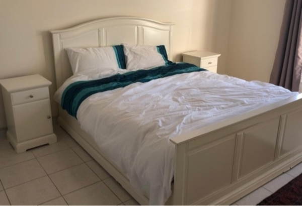 Used Queen size Bedroom in Dubai, UAE