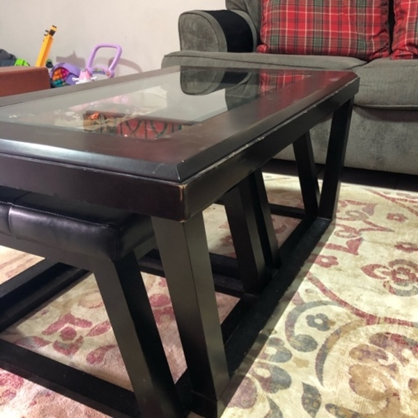 Used Table with 2 chairs in Dubai, UAE
