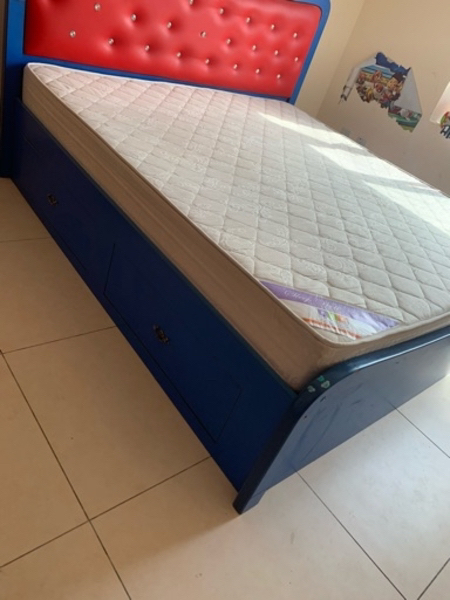 Used king size bed with mattres storage boxes in Dubai, UAE