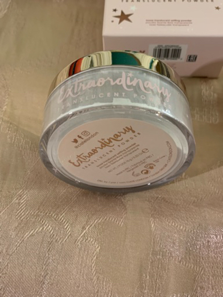 Used New too faced concealer and ciate powder in Dubai, UAE