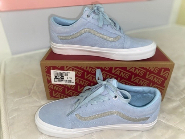 Used Original Vans shoes in Dubai, UAE