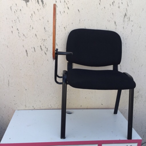 Used Desk chair for students in Dubai, UAE