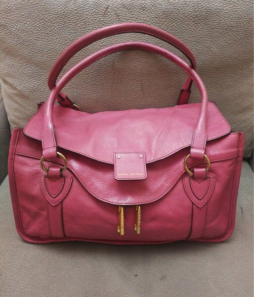 Used AUTHENTIC MARC JACOBS REAL LEATHER BAG.. in Dubai, UAE