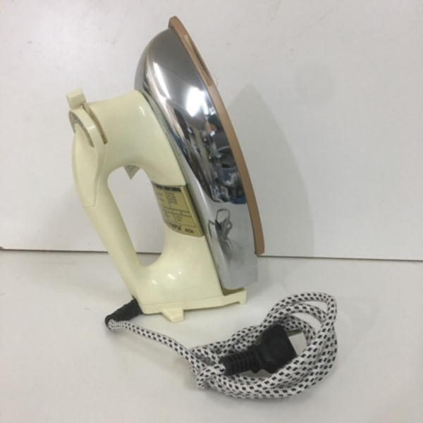 Used Olympia iron - straight everything in Dubai, UAE