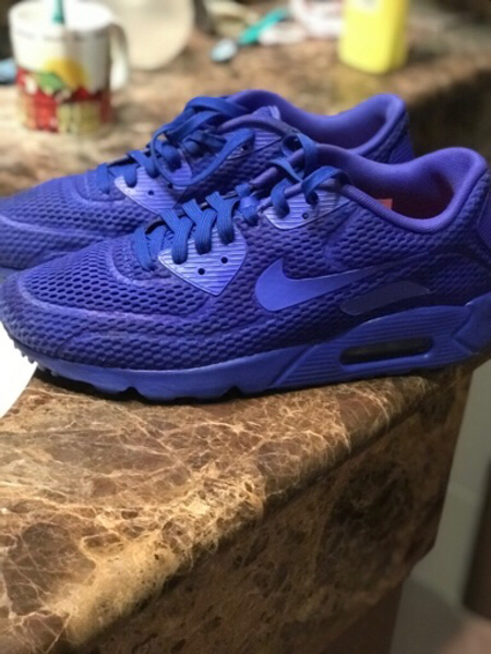 Used Air max 90 blue in Dubai, UAE