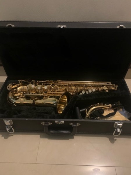 Used Saxophone instrument Good Condition in Dubai, UAE