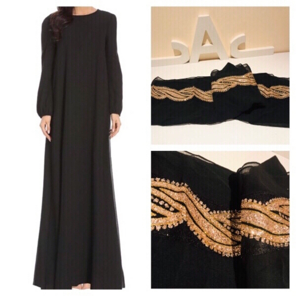 Used Abaya dress with belt size L and scarf in Dubai, UAE