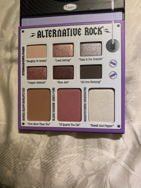 Used New thebalm palette original in Dubai, UAE