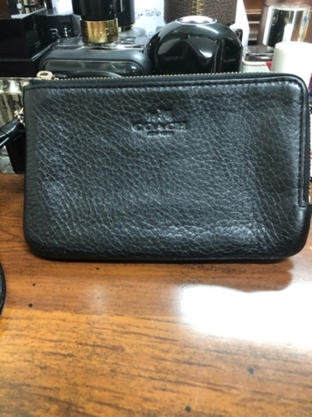 Used Coach wristlet authentic preloved in Dubai, UAE