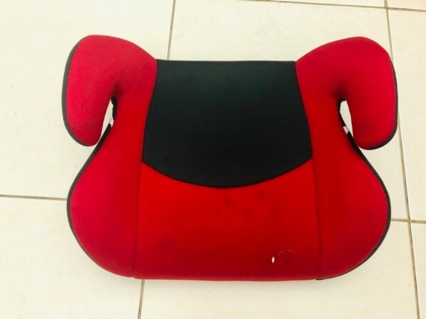 Used Safety first booster seat in Dubai, UAE