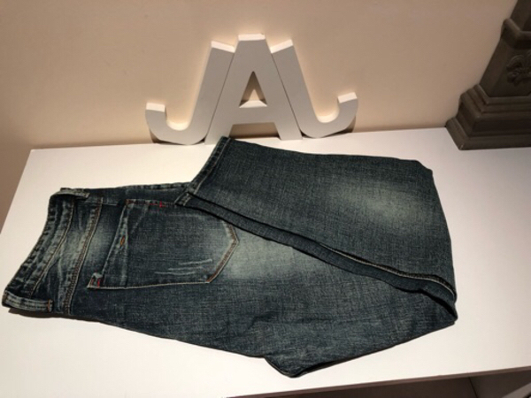 Used Men's jeans size UK 30 in Dubai, UAE