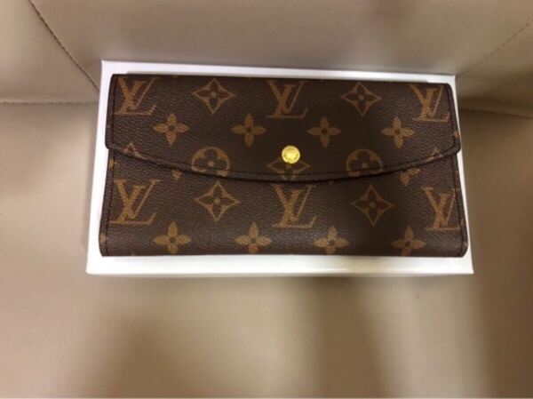 Used Lv wallet for sale in Dubai, UAE