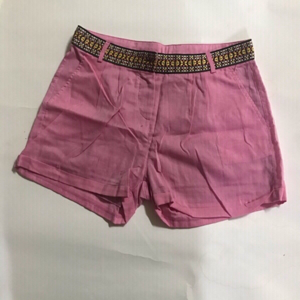 Used Shorts 🩳 for women size 36(new) in Dubai, UAE