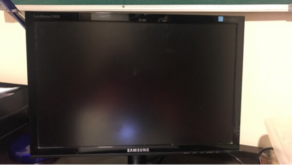 Used Samsung SyncMaster E1920 Screen in Dubai, UAE