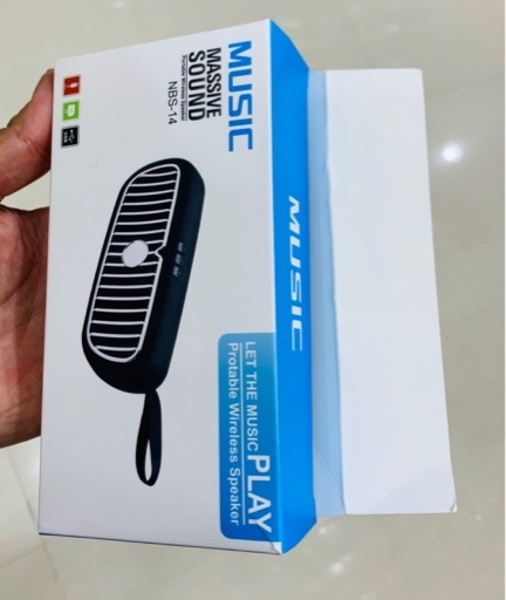 Used BUNDLE OFFER: Microfon+Speaker Bluetooth in Dubai, UAE