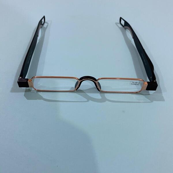 Used FOLDABLE PEN TYPE GLASSES in Dubai, UAE