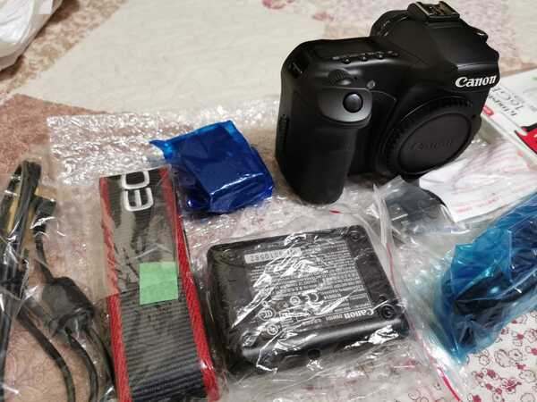 Used Canon 40d (Brand new) body only in Dubai, UAE