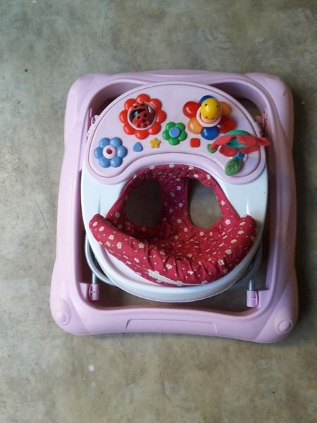 Used Baby Walker for well excellent condition in Dubai, UAE