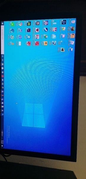 Used gaming computer for sell ( negotiable) in Dubai, UAE