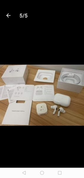 Used APPLE AIRPODS PRO GRAB IT OFFER NOW in Dubai, UAE