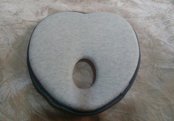 Used Anti flat baby pillow brand new in Dubai, UAE