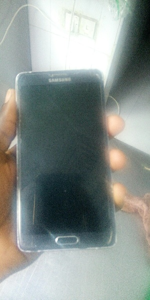 Used Samsung note 4 no scratch in Dubai, UAE